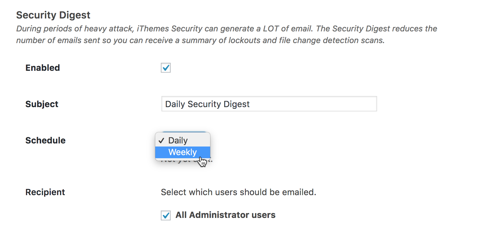 Her slår du det til, så de fortæller dig en gang om ugen, om der er nogle nye sikkerhedsproblemer med iThemes Security.