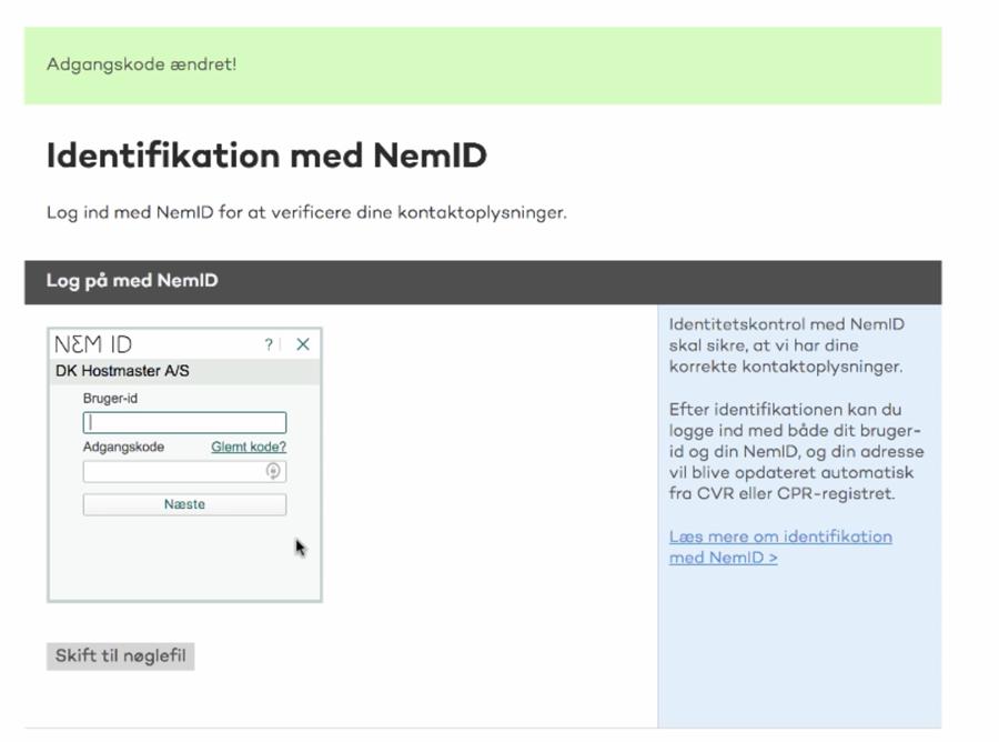 Nu skal du logge ind med NemID hos DK-Hostmaster.